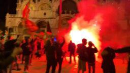 «Венеция» одержала первую победу